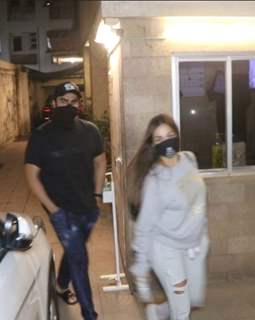 Malaika Arora and Arjun Kapoor snapped outside her parents house