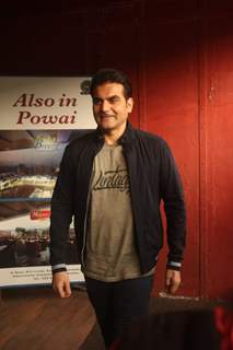 Arbaaz Khan snapped at the sets of his talk show - Pinch