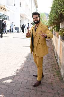 Ritwik Dhanjani snapped at a shoot in Filmcity