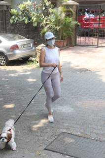 Sophie Choudhary spotted in Bandra