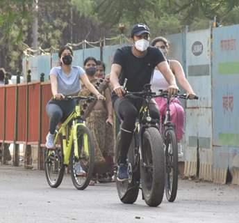 Janhvi Kapoor spotted in Lokhandwala, Andheri