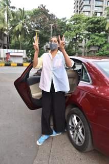 Kubbra Sait spotted at Juhu