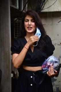 Rhea Chakraborty snapped at Pali Market, Bandra!