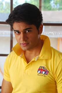 Gaurav Khanna as Abeer