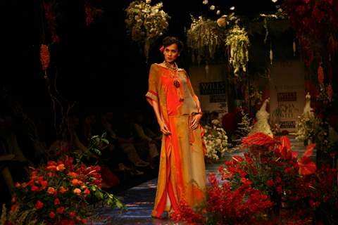 Models on the ramp for designer Tarun Tahliani in Wills Lifestyle India Fashion Week in New Delhi on Saturday 24 Oct 2008