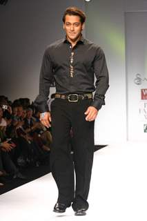 Salman Khan at the designer Sanjana Jon show at the Wills Lifestyle India Fashion Week in New Delhi on Sunday 25 Oct 2009