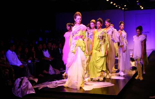 Models showcasing designer Gaurav Gupta''s creation at the Wills Lifestyle India Fashion week in New Delhi on Tuesday 27 Oct 2009