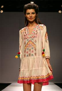 Designer Tanvi Kedia''s creation at the Wills Lifestyle India Fashion week in New Delhi on Tuesday 28 Oct 2009