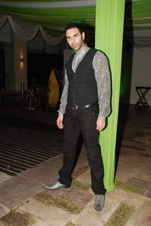 Dance India Dance bash at Holiday Inn
