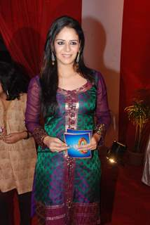 "Mona Singh on the sets of ""Entertainment Ke Liye Kuch Bhi Karega"" at Filmistan"