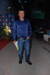 "Anu Malik on the sets of ""Entertainment Ke Liye Kuch Bhi Karega"" at Filmistan"