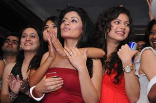 Drashti Dhami, Sonia Singh and Jennifer in Star One's Dill Mill Gayye party at Vie Lounge