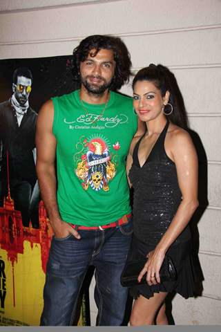 Chetan Hansraj with wife at 'Ragini MMS' movie success bash