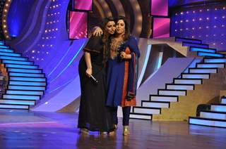 Farah Khan and Vaibhavi Merchant at the finale of Just Dance at Filmcity, Mumbai