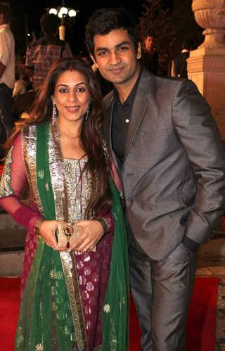 Poonam and Manish Goel grace Deepshikha Nagpal and Kaishav Arora wedding reception in Mumbai