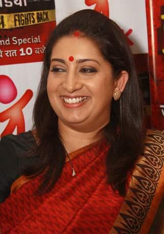 Smriti Irani host of Life OK's docu-drama 'Savdhaan India India Fight Back', press conference