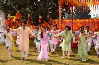 Shiv, Anandi, Navika and Beera at Holi Ka Jashan, Rang De Colors Ke Sang