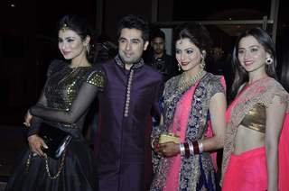 Sanjeeda Shaikh and Mouni Roy were seen at Amna Shariff's Wedding Reception