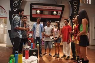 Jackky Bhagnani at the Promotion of 'Youngistaan' on  Dil Dosti Dance