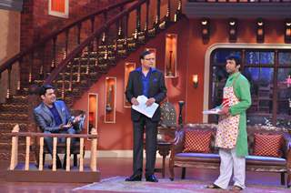 Rajat Sharma in an act on Comedy Nights With Kapil