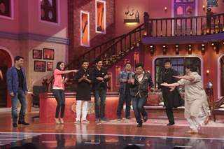 The cast of Ek Villain have a great time on Comedy Nights With Kapil