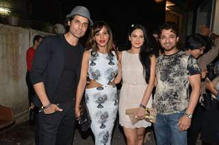 Aanchal Kumar with friends at teh Launch of NIKHILXKOOVS
