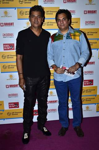 Aadesh Shrivastava and Lalit Sen pose for the media at Shaan's Live Concert