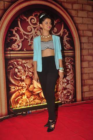 Rubina Dilaik poses for the media at Zee Rishtey Awards