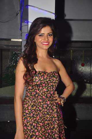 Rubina Dilaik poses for the media at Ravi Dubey's Birthday Bash