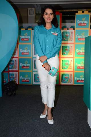 Shruti Seth hosts the Pampers Press Meet