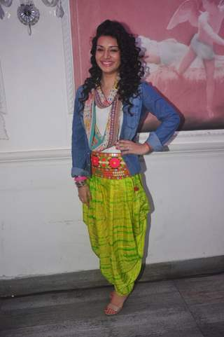 Sukirti Kandpal poses for the media at the Launch of Dilli Wali Thakur Gurls