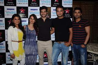 Team poses for the media at the Launch of Dosti.. Yariyaan.. Manmarzian