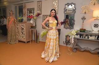 Aanchal Kumar poses for the media at Shane & Falguni Peacock Preview for Bridal Asia Show