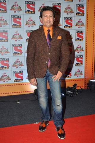 Shekhar Suman poses for the media at SAB Ke Anokhe Awards
