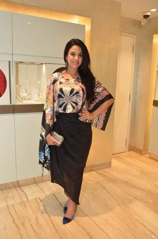 Saraa Khan at Launch of Zoya - Exquisite Diamond Jewelry