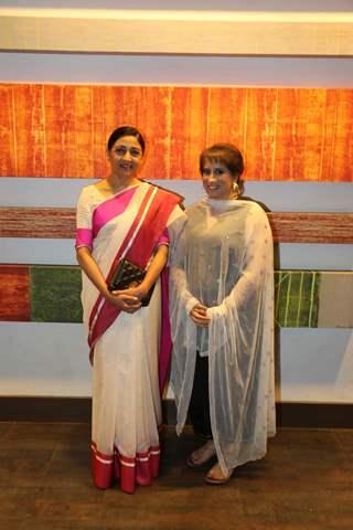 Deepti Naval and Guneet Monga at Globe Silicon Valley Award Function
