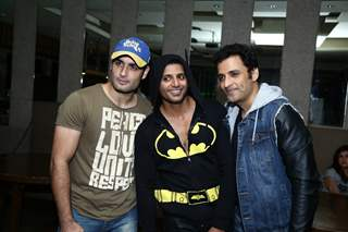 Karanvir Bohra poses with Vivian Dsena and Ganesh Hegde at his Birthday Bash