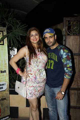 Vihbbiz and Vivian Dsena at Manmeet's Birthday Bash