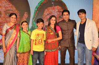 Cast of Balika Vadhu at Celebration of  Completion of 2000 Episodes