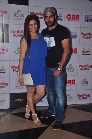 Vivian Dsena and Vahbbiz Dorabjee Dsena at the Premier of Wedding Pullav