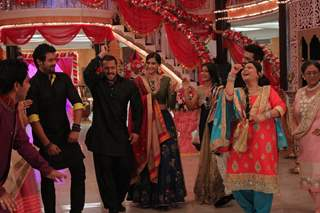 Salman Khan for Promotions of 'PRDP' on the sets of 'KumKum Bhagya'