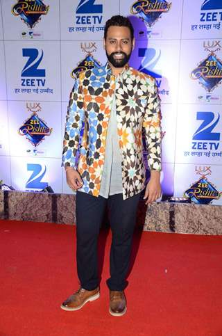 VJ Andy at Zee Rishtey Awards 2015