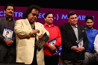 Udit Narayan, Bappi Lahiri and Rishi Kapoor at Amit Kumar's 50th Birthday Celebrations