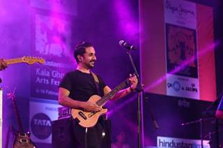 Vir Das Performs for Pepe Jeans Music Fest at Kala Ghoda Arts Festival 2016