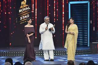 Sanjay Leela Bhansali interacts with the audience at Mirchi Music Awards 2016