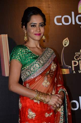 Aasiya Kazi at Golden Petal Awards 2016