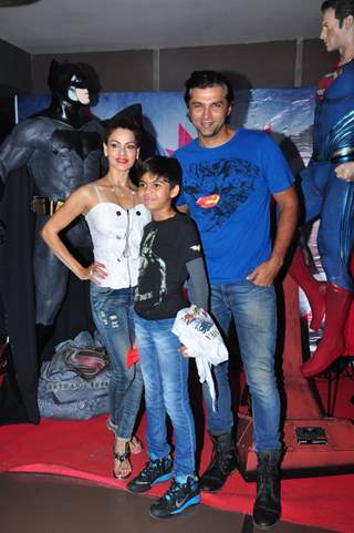 Chetan Hansraj with family at Special Screening of Batman V Superman