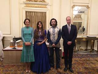 Rahul and Barkha Sharma along with Prince William and Kate at their visit in Mumbai