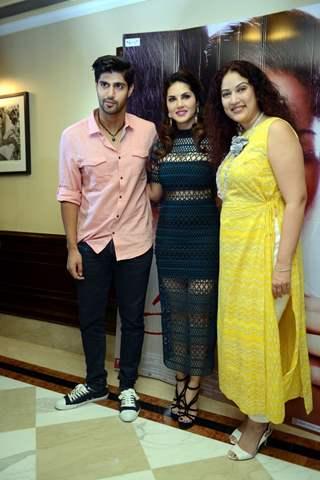 Sunny Leone and Tanu Virwani Promote 'One Night Stand' in Delhi