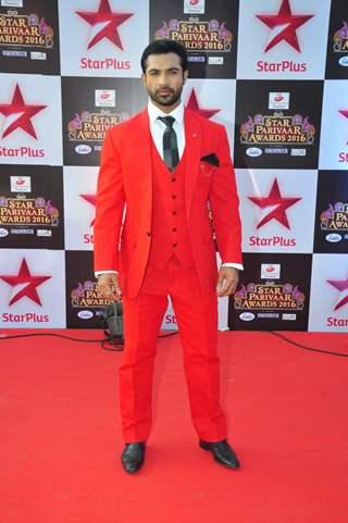 Mohammad Nazim at Star Parivar Awards Red Carpet Event